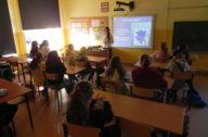 uczniowie w trakcie warsztatów